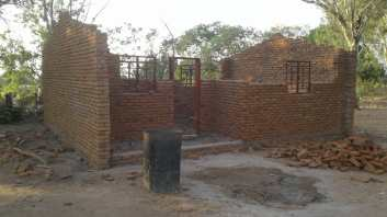 RCSC - Malawi - Khwawa Library Project - (P5) Library Under Construction 18.11.18